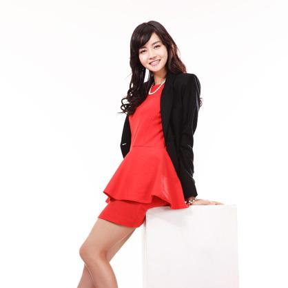 红色连身短裙