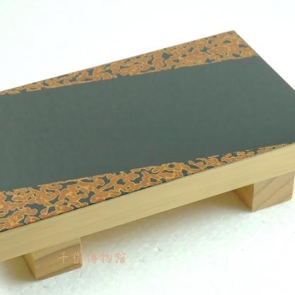 金蟲生魚片盤-木胎漆器