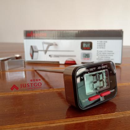 Akira 方塊數位溫度計